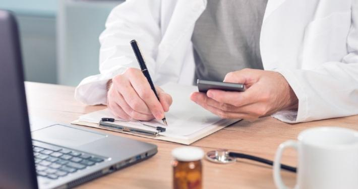 la responsabilità deontologica e civile del farmacista